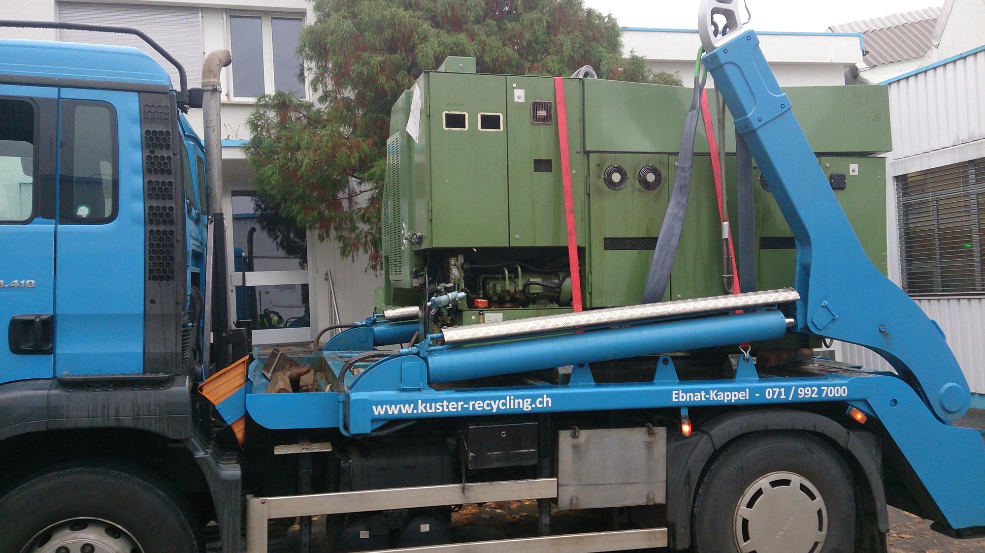 2-Achser-Absetzkipper_Transport-Maschine-Kuster-Recycling