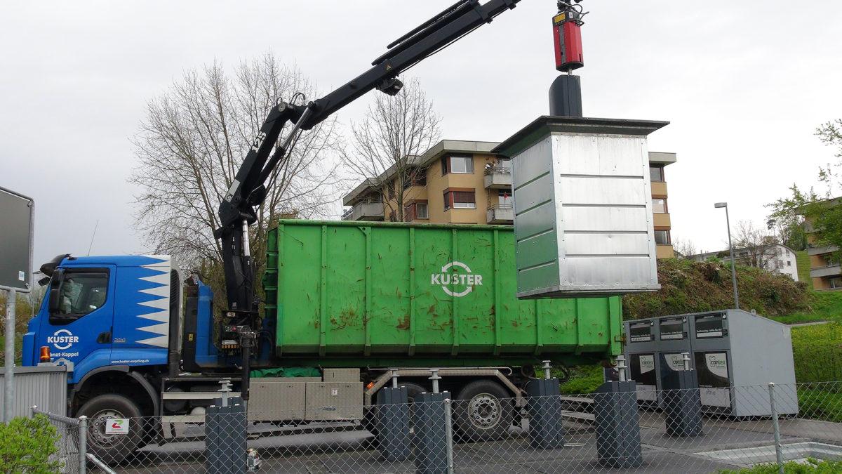 Entleerung-Unterflurcontainer-Kuster-Recycling